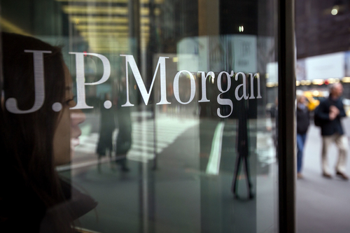BlackRock's move to JP Morgan shows cost-cut strategy