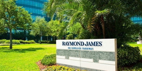 Raymond James to deliver robo service for advisers to use with clients