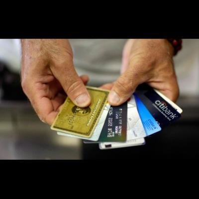 Are credit card companies at risk from alternative and P2P Business Lenders?