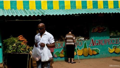 Cuba's creditors hire sovereign expert for debt talks