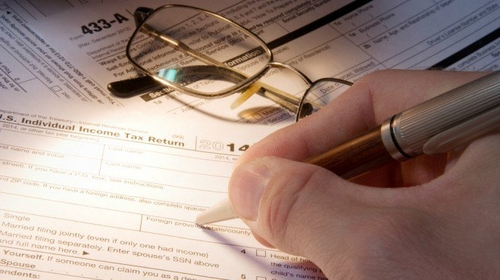 Small business owners paying the price in filing taxes