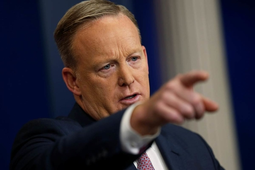 Sean Spicer and more trolled through Venmo