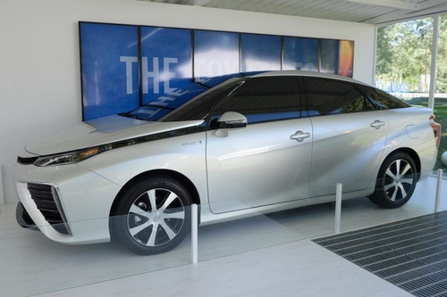 Hydrogen Fuel Cell Stations To Quadruple In California By 2015