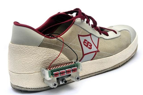 Power-generating shoes