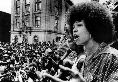 De la nécessité d'articuler féminisme et anti-racisme | G.A.R.Ç.E.S