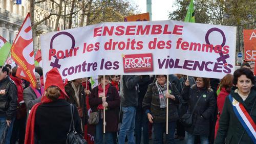 En quoi la lutte pour les droits des femmes est-elle un rempart contre l'extrême-droite ?