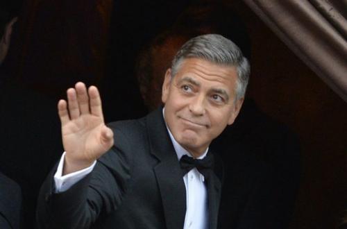 George Clooney prépare une mini-série sur la féministe Gloria Steinem