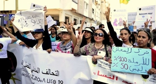 Rhabillons les Femen ! Une réponse féministe marocaine