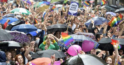 Gay pride : deux ans après le mariage pour tous, les militants peinent à se remobiliser