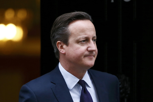 David Cameron urged to ban 'discriminatory' sharia courts from hearing divorce cases