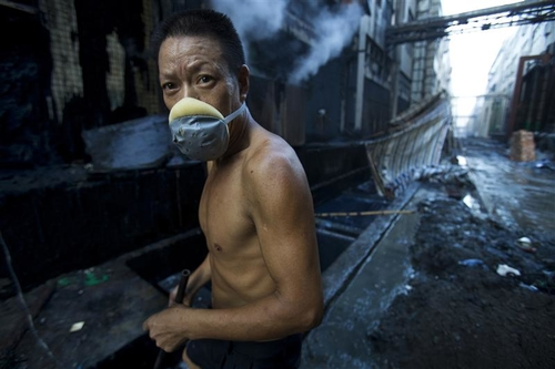 China reduces coal, cuts carbon emissions, and grows their economy simultaneosuly