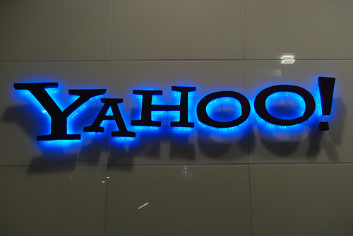 Verizon acquisition of Yahoo hits troubled water