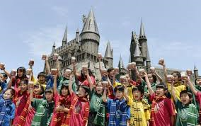 Universal Studios Japan... Had a Harry Potter World.