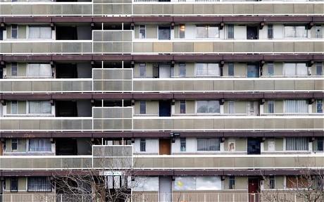 la guerra elettorale si combatte anche sul settore immobiliare