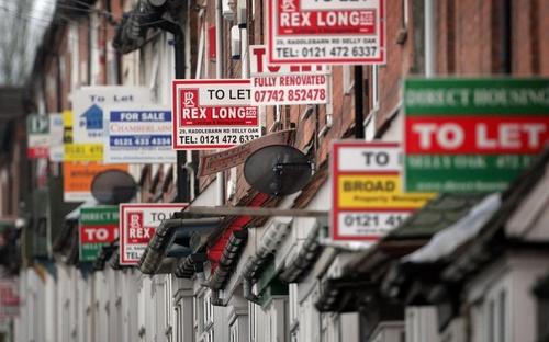 Per la prima volta da marzo dell'anno scorso la domanda di case diminuisce