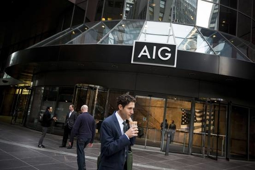 AIG Sees Profits in Tracking Workers' Moves Insurer has invested in a maker of wearable devices desi