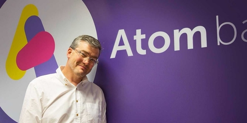 App-only bank Atom just launched — here's what it looks like