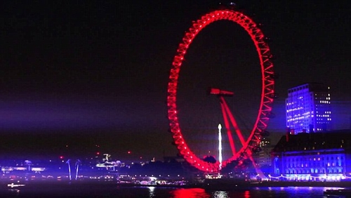 London Eye turns red for Coke.
