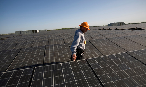 Expansion of the use of solar panels in the USA