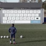 Gillette transforme un but en clavier géant pour Sergio Agüero