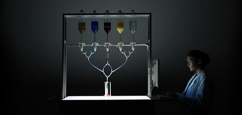 Un robot qui personnalise les cocktails en fonction de votre profil Facebook