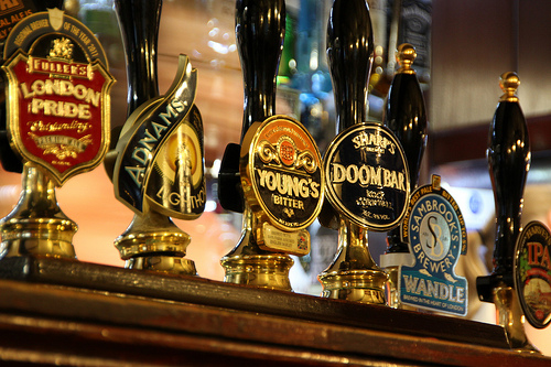 Living Wage to add 'financial pressure', Wetherspoon warns