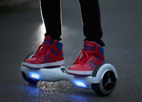 Amazon urges hoverboard buyers to 'dispose' of must-have Christmas gift amid safety fears