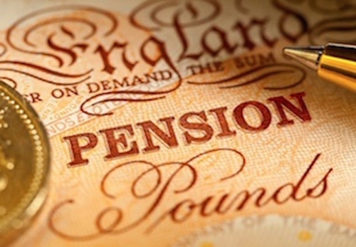 How many employees understand the April 2015 pension reforms?