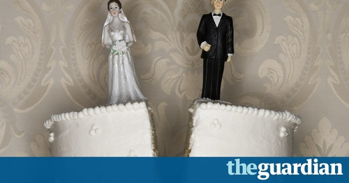 Divorce - a family affair or airing dirty laundry?