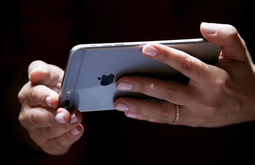 Slow iPhone? How to fix* it in 10 seconds