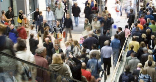 Retail parks footfall surges as the shopping centres and high street lags