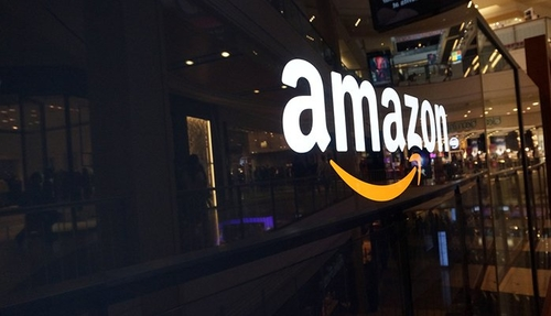 Why Amazon grows while other giants struggle