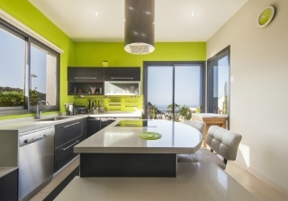 Property buyers persuaded to offer more on homes with new kitchens & bathrooms