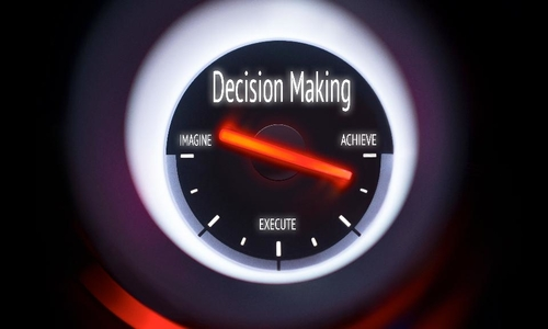 Analytics, BI and Making Decisions