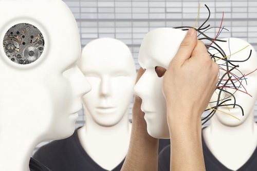 Optimal combination-  AI, Analytics & Homo Sapiens