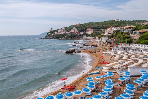Tuscan holiday with the family - Try the Estrucan coast