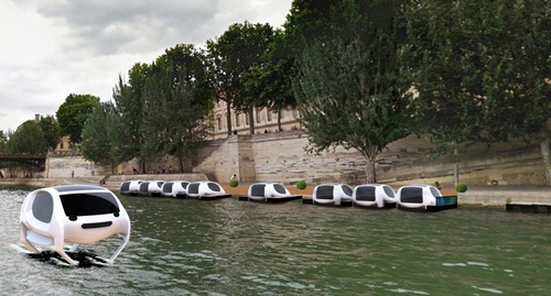 Voyage en Sea-Bubble - a greener approach to getting about in Paris