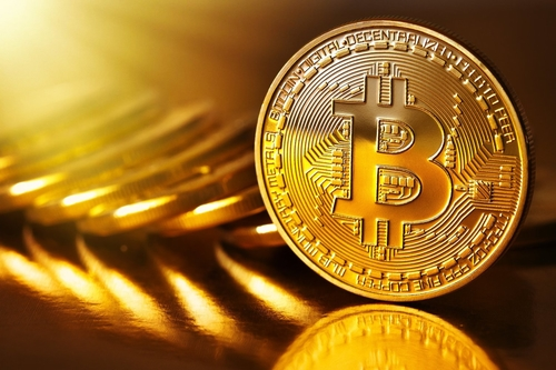 Bitcoin vs Gold: Which is a Better Long-Term Bet?