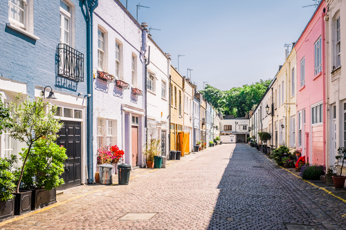 London Mews  - Pretty as a picture in prime locations