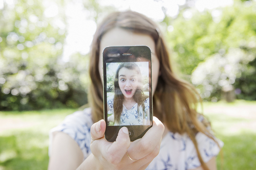What your Social Media profile photo says about your personality