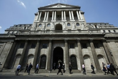 Bank of England to test the Blockchain hype.