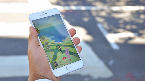 Playing Pokémon Go on your phone is fun and frustrating at the same time