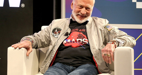Getting to Mars with Buzz Aldrin, in VR!