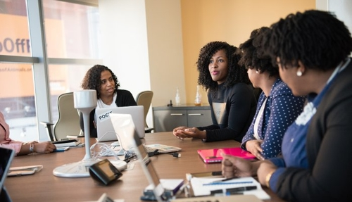 We need to end the negativity towards women in tech