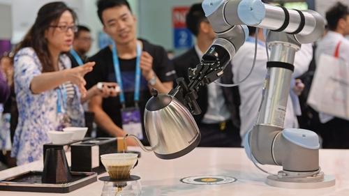 Taxing Robots