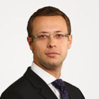 Giles Pratt, Partner, Freshfields Bruckhaus Deringer