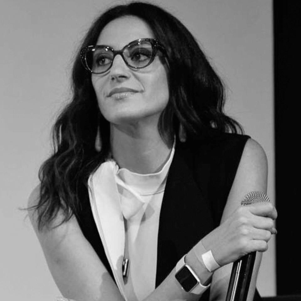 Alexandra Farah (Jornalista de Moda)
