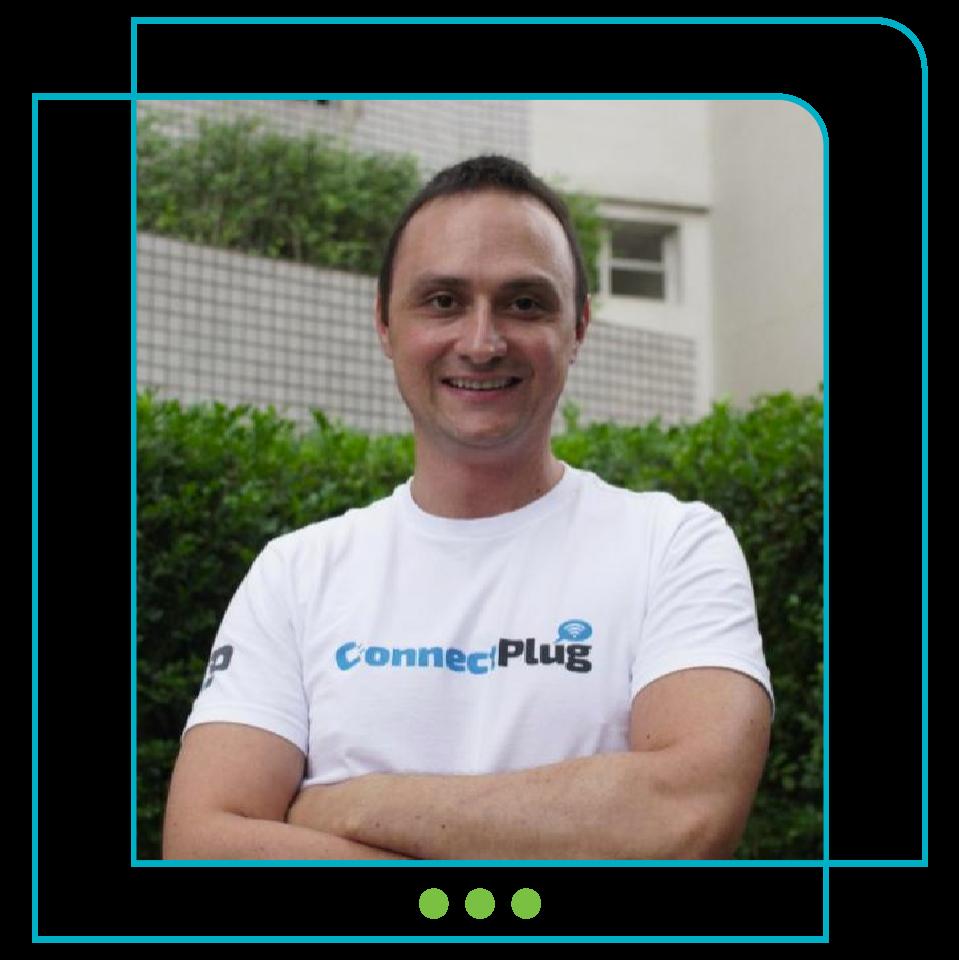 Rafael Hasson - ConnectPlug