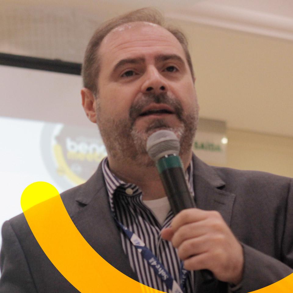 Clóvis Castelo Jr.