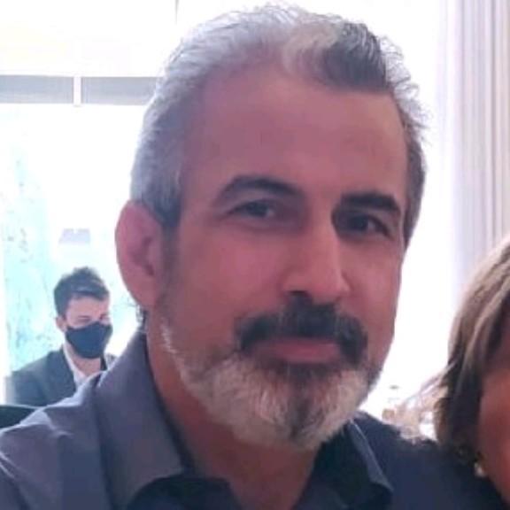 João Luis dos Santos, Especializo